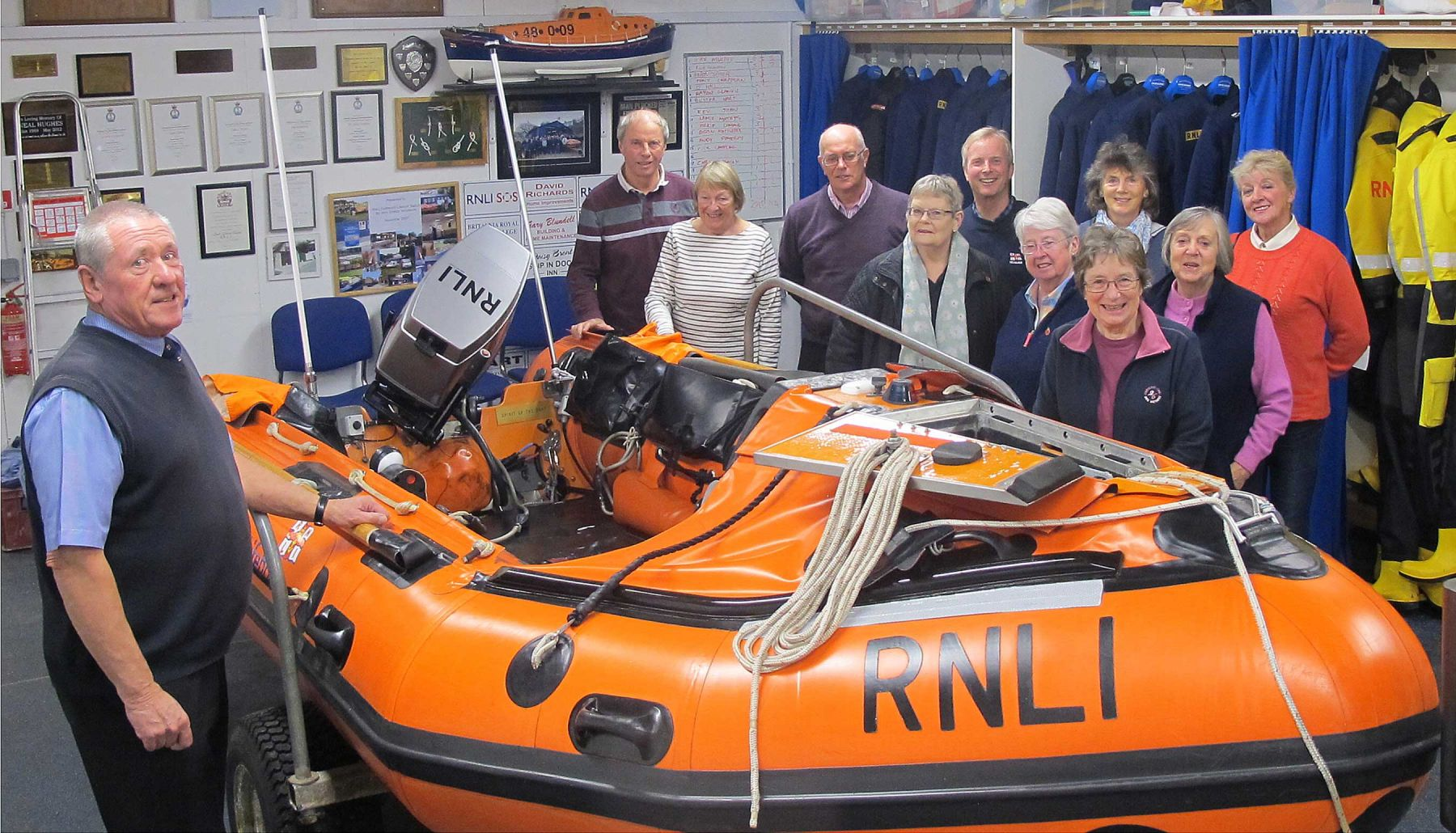 Rob Clements teaching the new Visitor Centre volunteers at the lifeboat station
