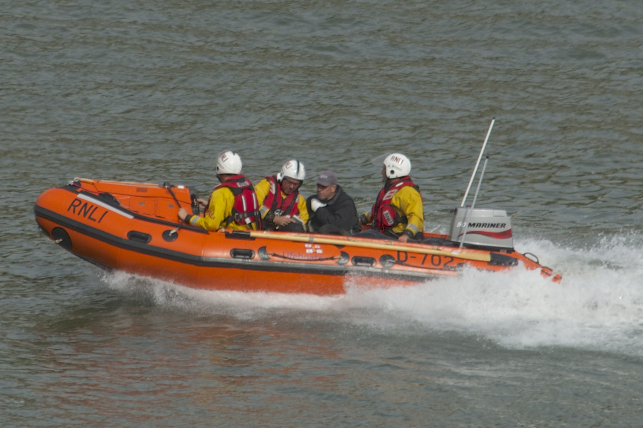 Yachtsman with hand injuries is brought ashore