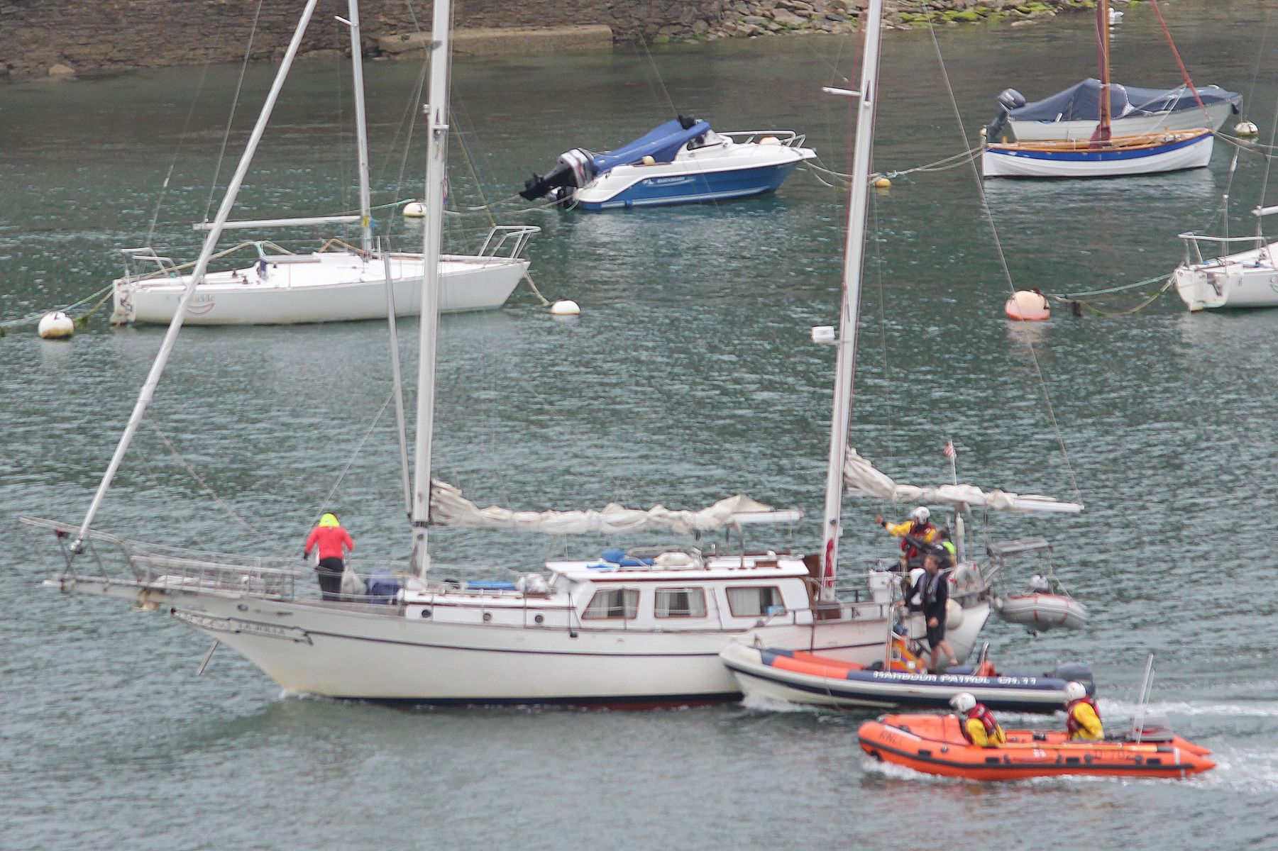 German yacht tow take over by Dart Harbour Authority RIB