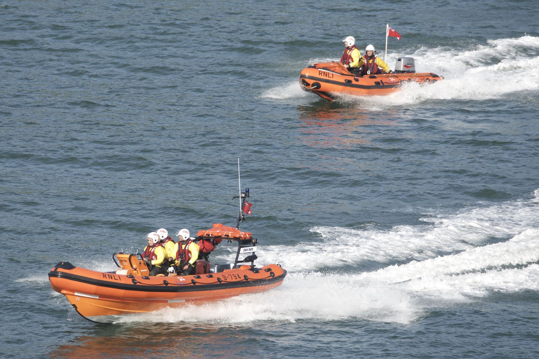 Both RNLI Dart lifeboats race to Blackpool Sands
